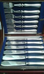 FISH-EATERS-BY-WALKER-amp-HALL-BOXED-QUALITY-SET-6-KNIVES-FORKS-silver-plate