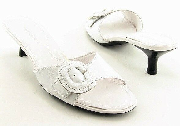 New KAREN SCOTT Women White Leather Kitten Heel Slide Sandal shoes Sz 7.5 M