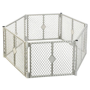 North States Superyard Classic Baby Pet Octagon Plastic Gate Play