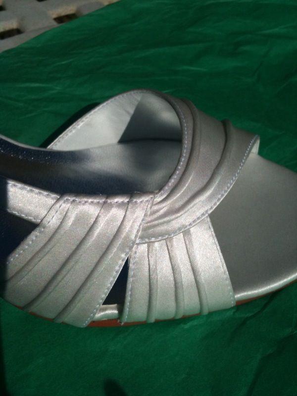 70 CAPARROS Pleated Silk Sandals Sandals Sandals  NEW White 6 & 6.5 e8ab9d