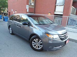 2014 Honda Odyssey SE MODEL , 8 PASSENGER , HANDSFREE BLUETOOTH AUDIO!