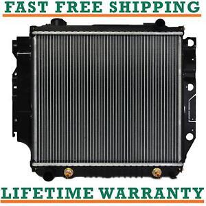Radiator 1015 For Jeep TJ 97-06 Jeep Wrangler 87-06 2.4 2.5 4.0 4.2