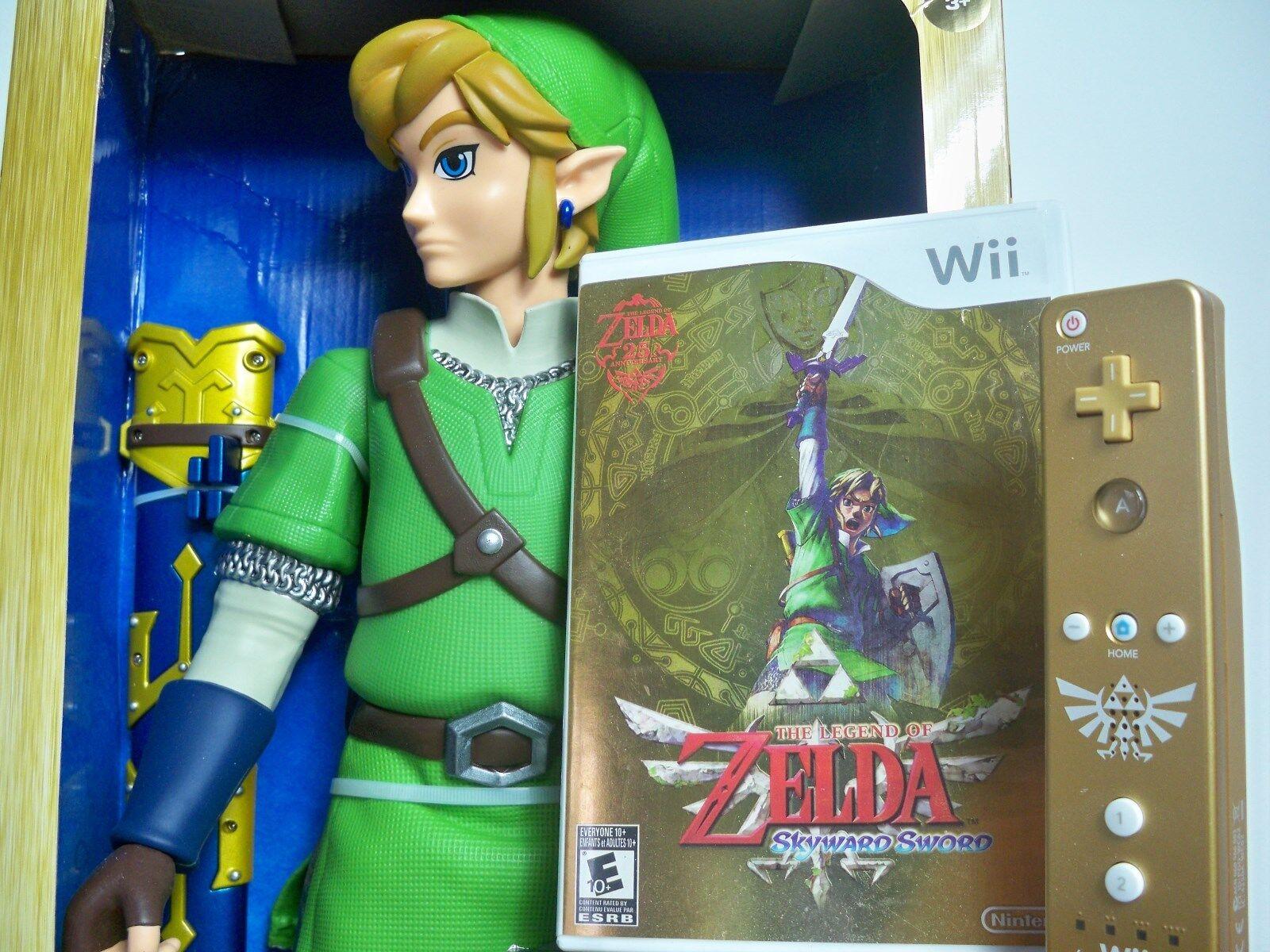 D0580641 Skyward Sword 20  Set Figure Legend of Zelda Wii Game or Remote