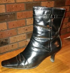 Ladies-Leather-Boots-Nine-West