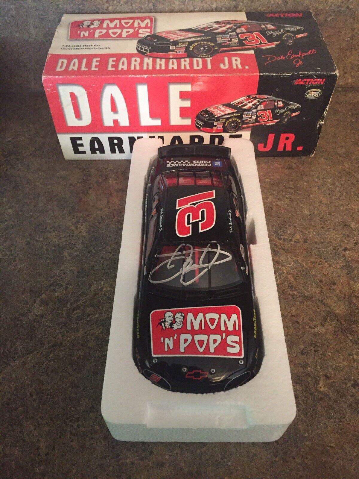 Dale Earnhardt Jr. firmado autografiada acción 1 24 Diecast 1996 Mom N Pops