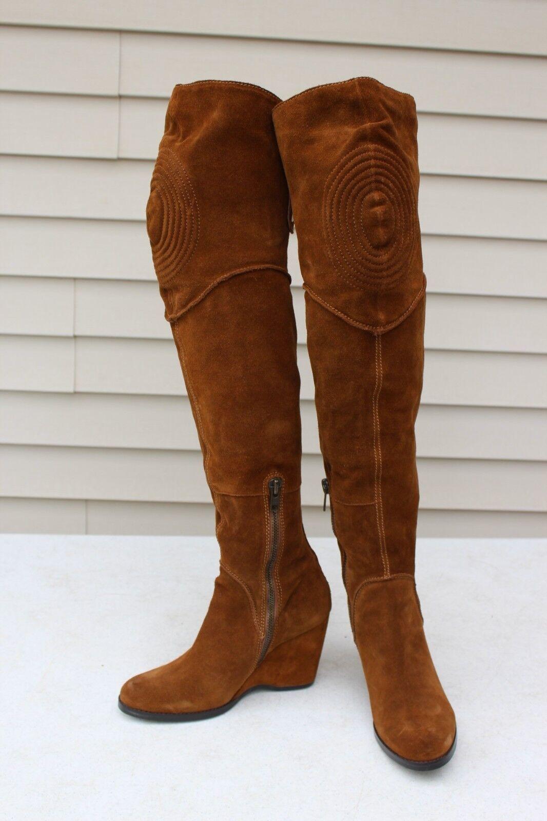 APEPAZZA Amsterdam Gamuza Marrón Moda para mujer sobre la rodilla alta botas talla 8.5 Usado En Excelente Condición