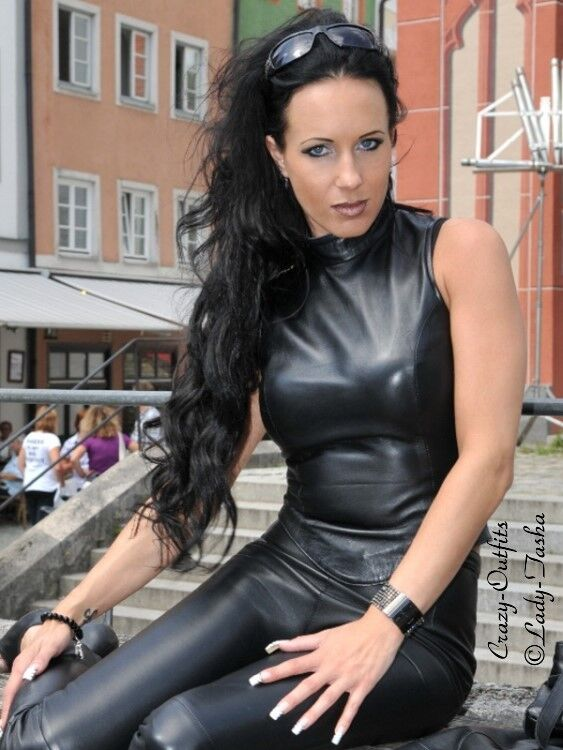 Ledertop Leder Top Schwarz Ärmellos Größe 32 - 58 XS - XXXL