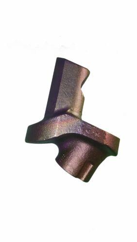 HT11 Seal /& Plastic Cap Wirtgen Style Holder with Retaining Screw Set of 5