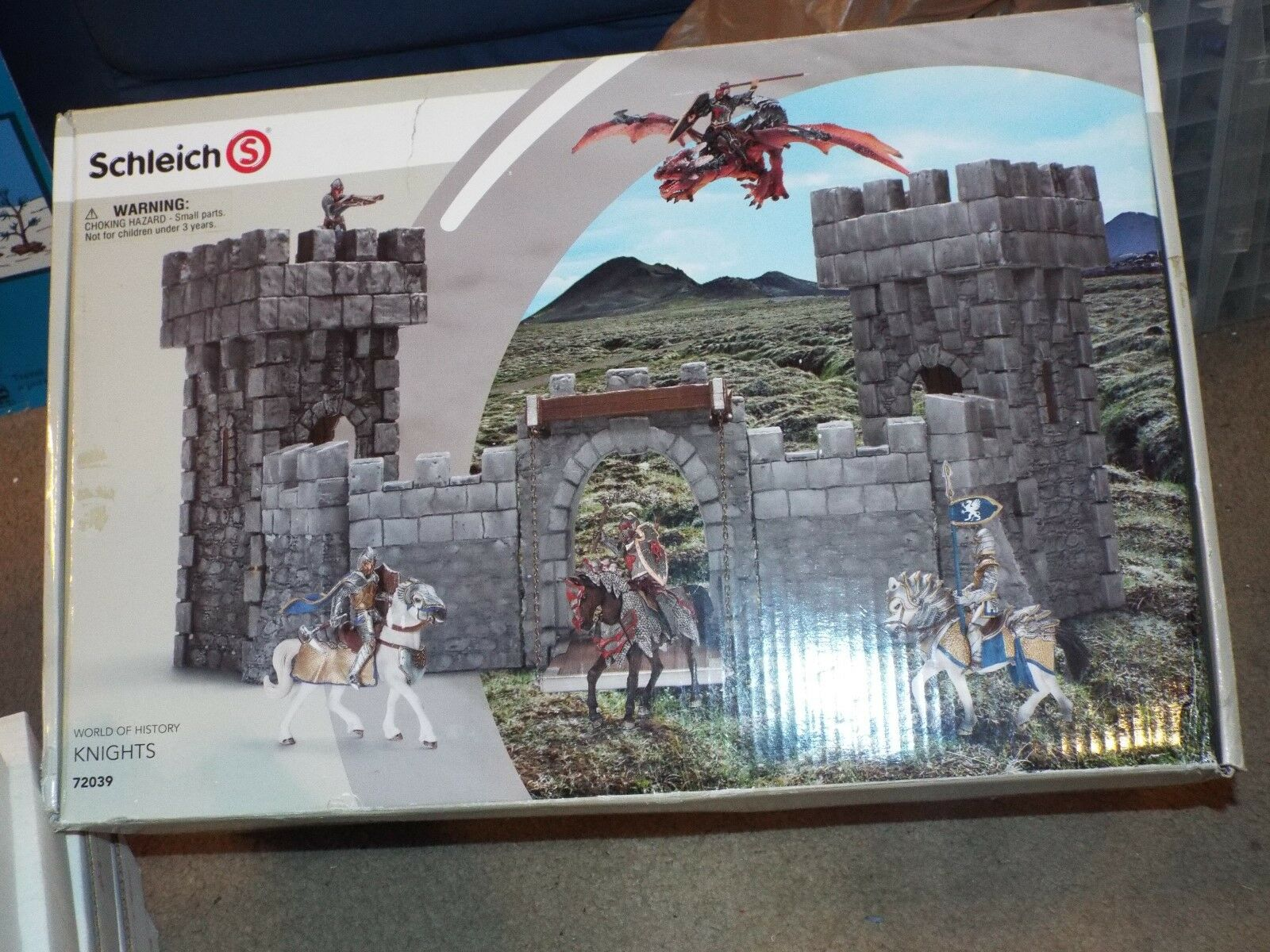 Schleich - Castle - World of HIstory Knights Series - 72039 SEALED VERY RARE