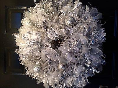 Silver Christmas Wreath.Christmas Wreath Silver Christmas Balls And Accents Ribbons Ebay