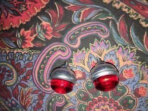 TWO-Red-Bicycle-reflectors-jewels-Schwinn-Harley-J-C-Higgins-Rack-reflectors