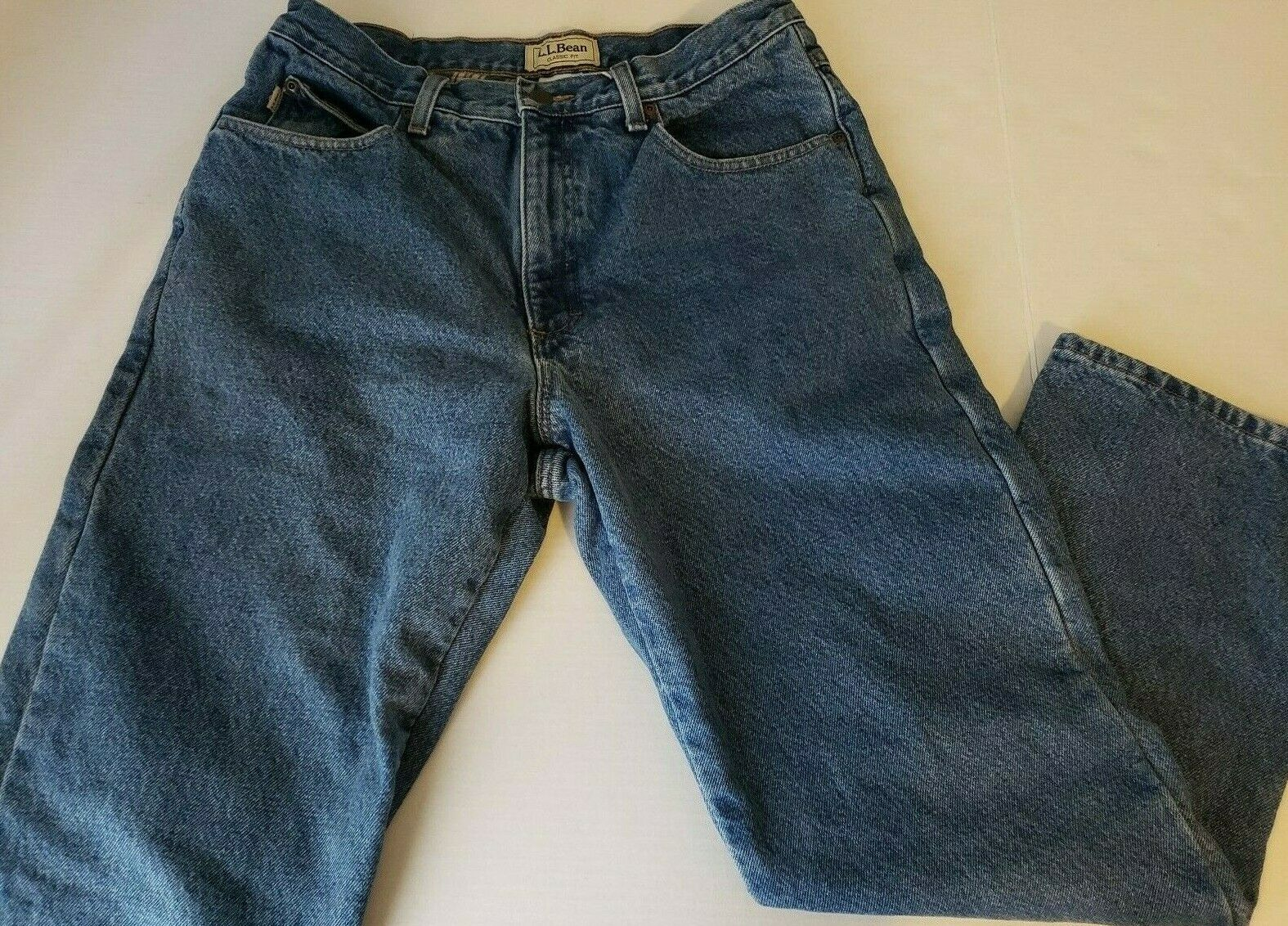 LL BEAN Classic Jeans Mens Sz 33x29 Lined Flannel Relaxed Fit Medium Wash Cotton