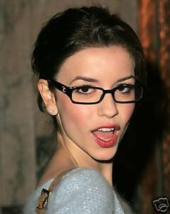 Masiela lusha hot women, nudity in public places video