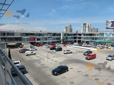 Local En Renta En Plaza Comercial Frente A Estrellas Del Sur
