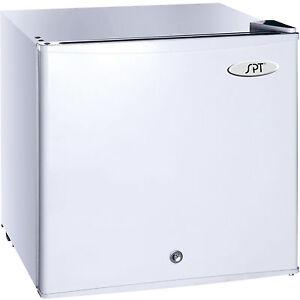 Mini Compact Upright Freezer True 0 176 F Refrigerator W
