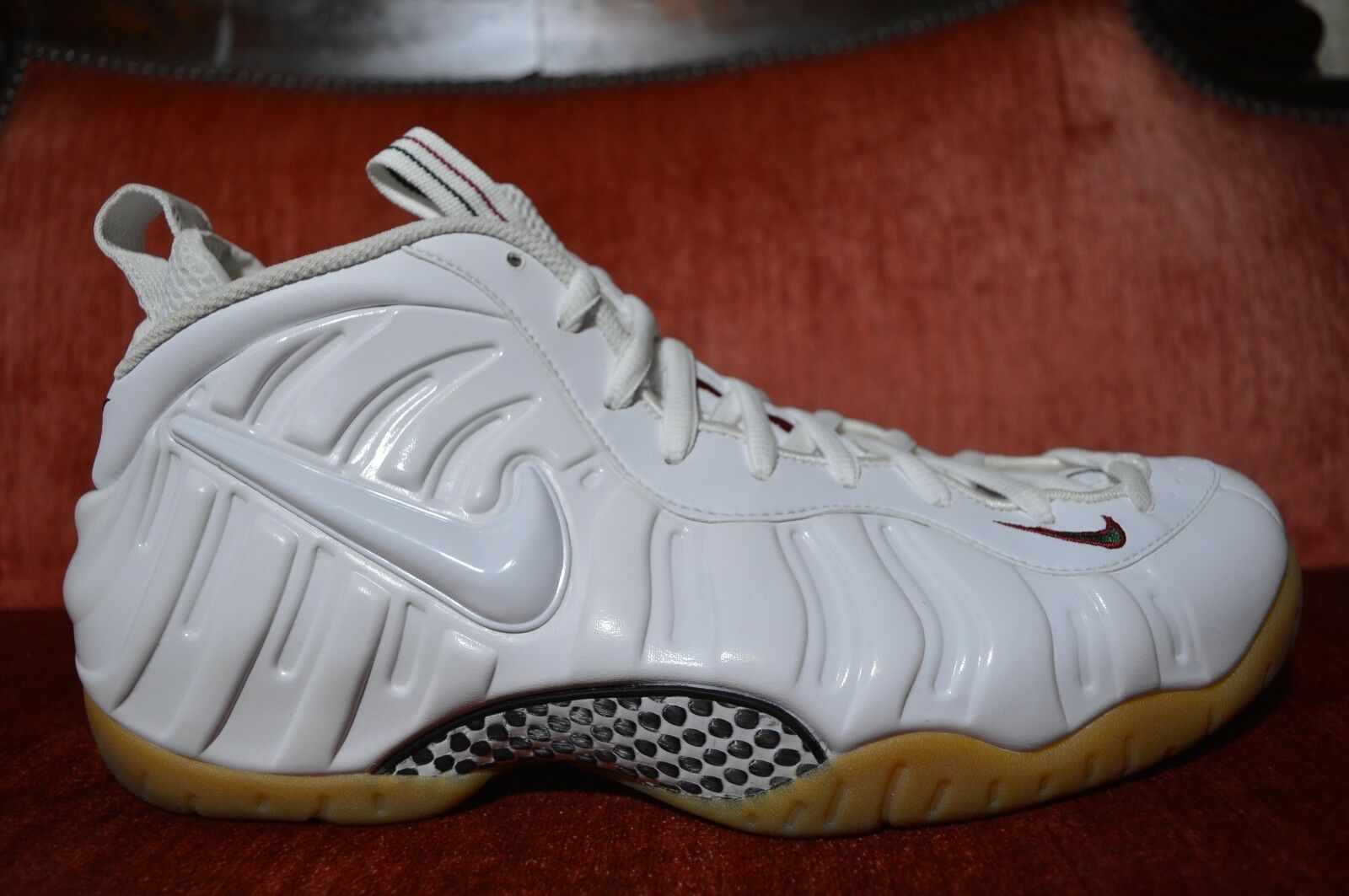 CLEAN Nike Air Foamposite Pro White Gorge Green Gym Red Size 12.5 624041-102