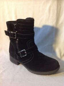 Shuropody Black Ankle Suede Boots Size