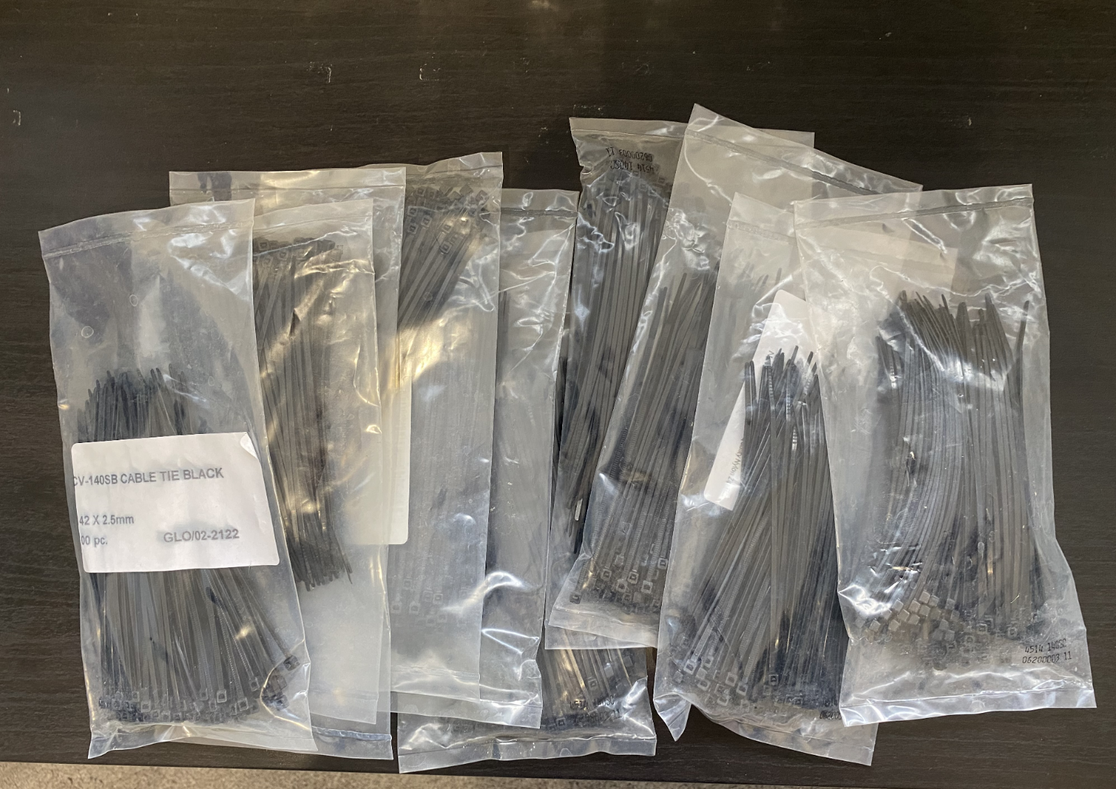 10 X 100 Pack of Black Cable Ties - 142mm x 2.5mm - 5.5
