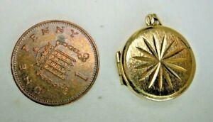 Vintage-9-Carat-Gold-Round-Locket