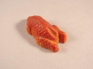 Ancien-jouet-miniature-epicerie-marchande-poulet-platre-annees-30