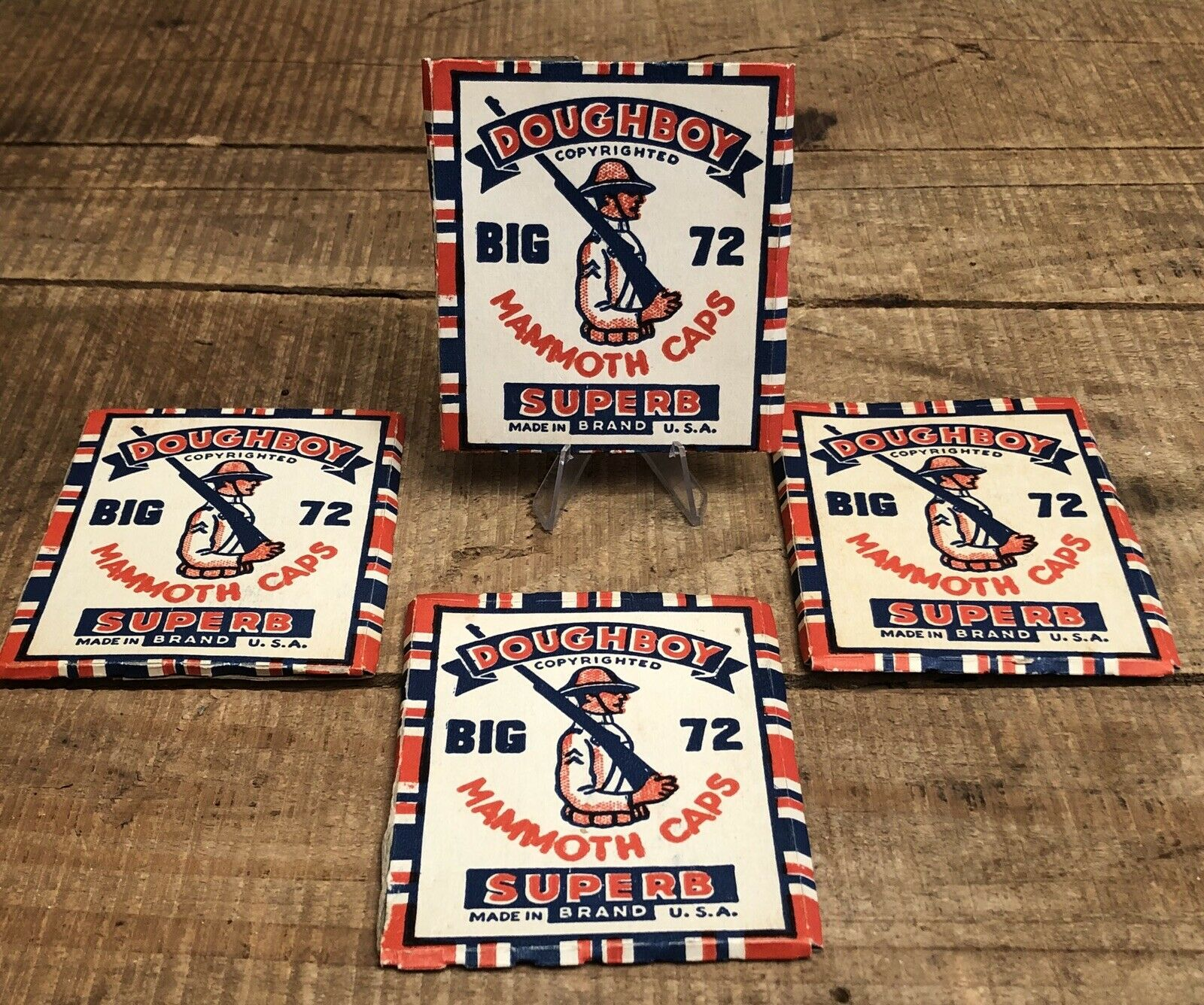 Lote de 4 Vintage Big 72 Mammoth Tapas pistola Doughboy publicidad de disparo