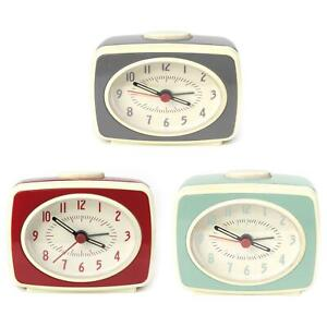 Small-Classic-Retro-Analogue-Alarm-Clock-Glow-In-The-Dark-Hands-Battery-Operated