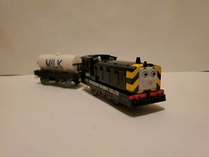 Mavis-amp-Cargo-Tanker-2pc-Lot-Thomas-Tank-Trackmaster-2002-Tomy-Motorized-Train