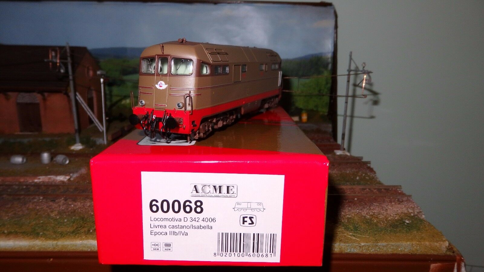 ACME 60068 D342 4006 Castano/isabella/rosso, 2 fanali, corrimani sul tetto, FS