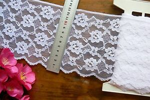 Nylon-Rayon-WHITE-Floral-Edge-Lace-5-Metre-Length-Extra-Wide-135mm-Flt1-Tr182