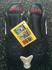 FOOTBALL BOOTS KIDS SIZE UK 4 *BRAND NEW IN BOX*