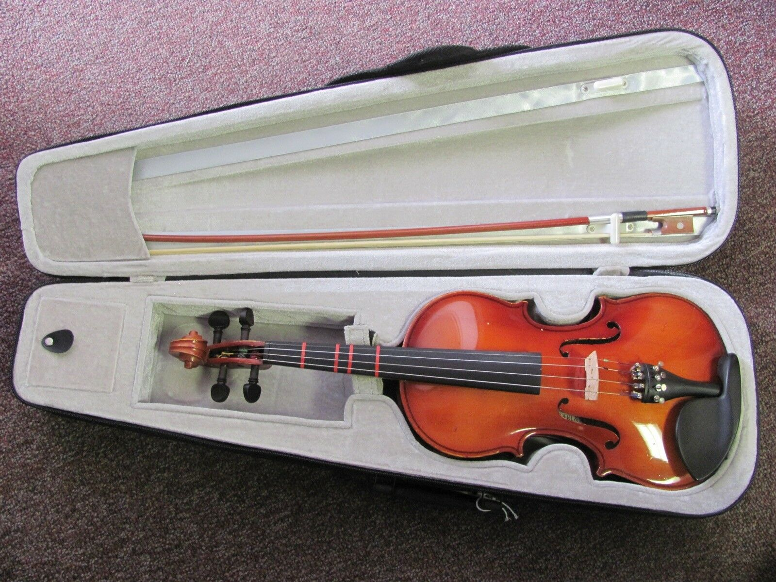 Scherl & Roth Beginner 3/4 Size German Violin, Bow and Case, Model R270E3H