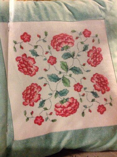 H William Morris Fleurs Housse de coussin bijou Box cross stitch chart