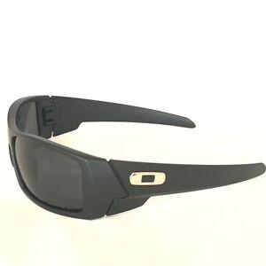 which oakley sunglasses are polarized