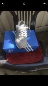 2019d778baef Image is loading Nike-Huarache-Tan-Size-7-Youth-8-5-