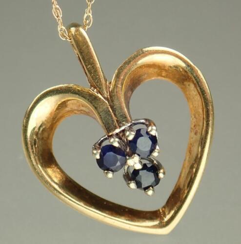 Pretty Vintage Estate 9K Gold Sapphire Heart Love