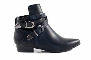Therapy-LIBERTY-Cut-Out-Double-Buckle-Straps-Point-Toe-Flat-Black-SIZE-5-8