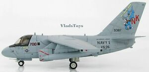 Hobby-Master-1-72-S-3A-Viking-VS-35-Blue-Wolves-Navy-1-NK700-USS-Lincoln-HA4905