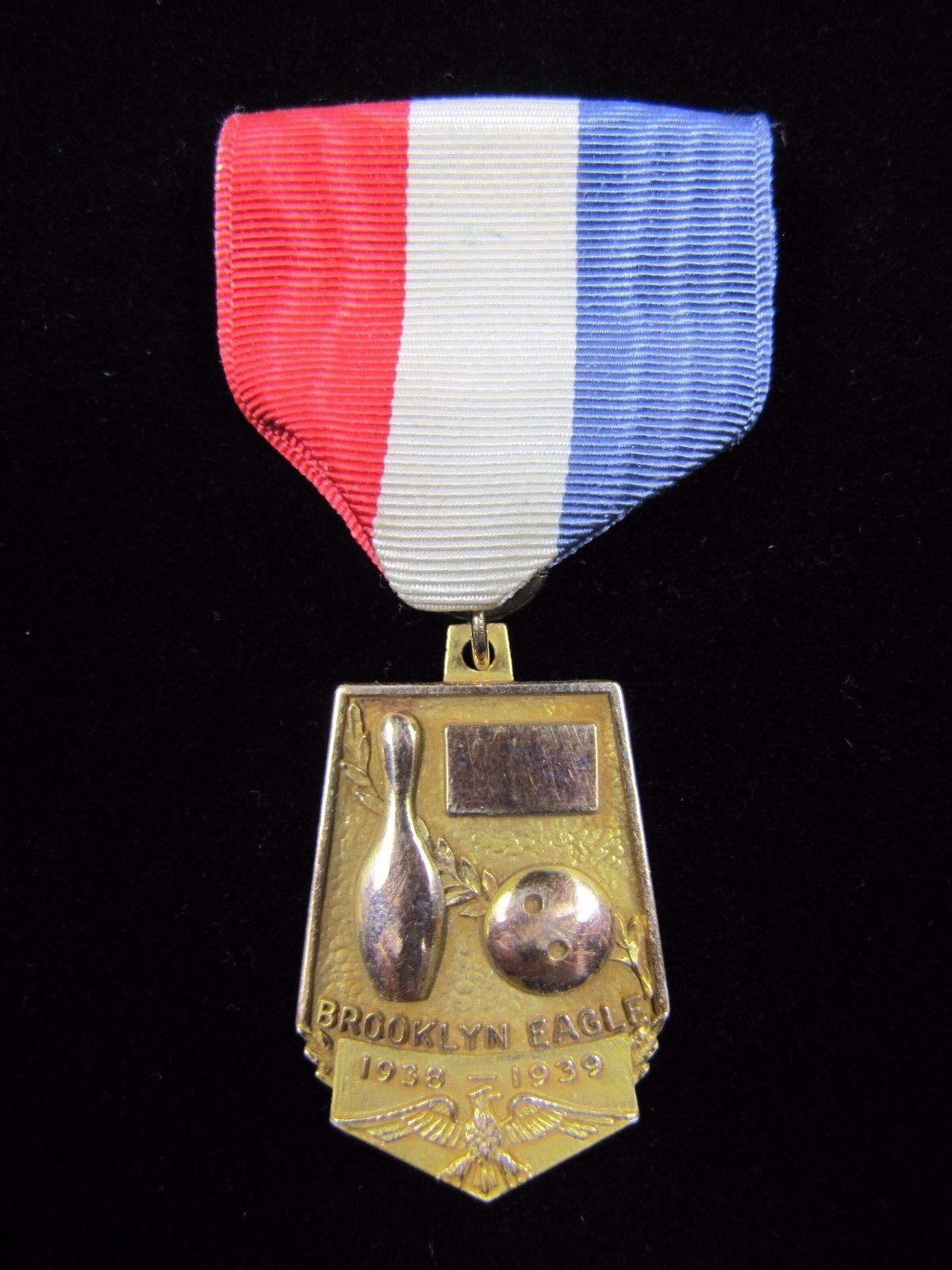 1938-1939 BROOKLYN EAGLE BOWLING Sports 1st PLACE Medallion XX GREEN LANTERN BB