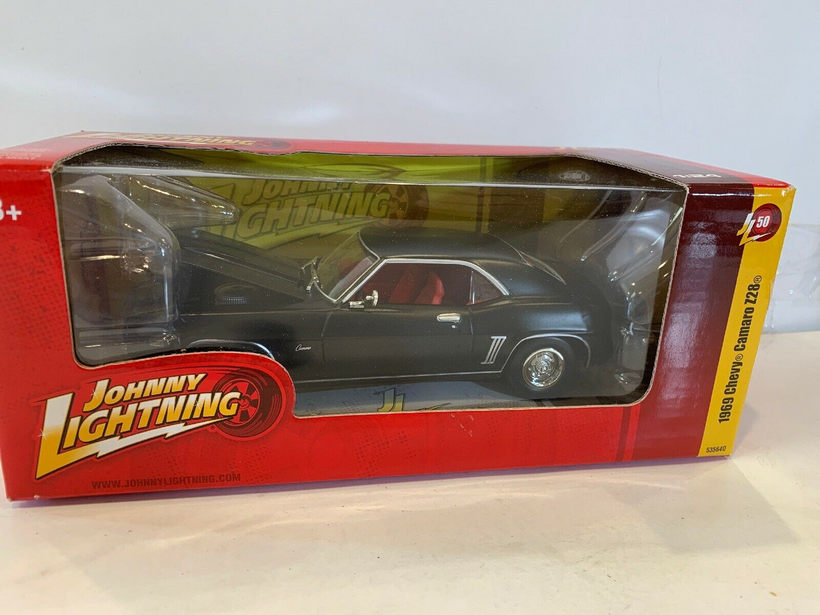 Johnny Lightning Muscle Cars Collection 1969 Chevy Camaro Z28 1 24 New Sealed