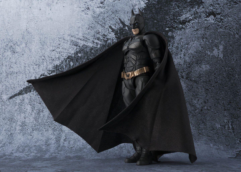 BANDAI S.H. Figuarts Il Cavaliere Oscuro Batman VERSIONE JAPAN