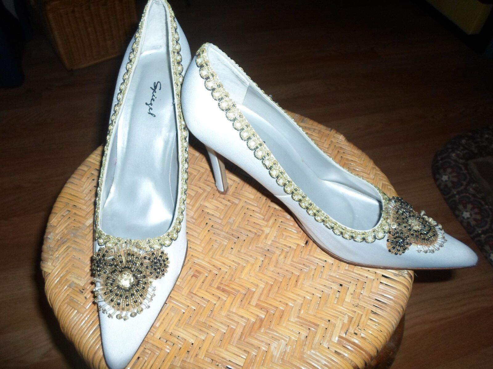 Vintage Spiegel 8 8 8 Pinup VLV Cream Satin Beaded Feather Heels bdd9b3