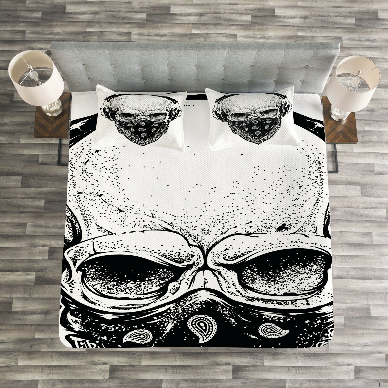 Grunge Quilted Bedspread & Pillow Shams Set, Gothic Skull Headphones Print