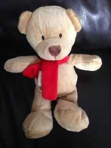 MOTHERCARE-2006-red-scarf-10-034-TEDDY-BEAR-COMFORTER-SOFT-LOST-SPARE-BABY-A9
