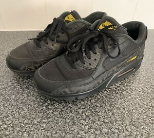best service c5584 214ca Details about Mens Nike Air Max 90 Trainers Size 6 Black Amarillo Yellow  Genuine