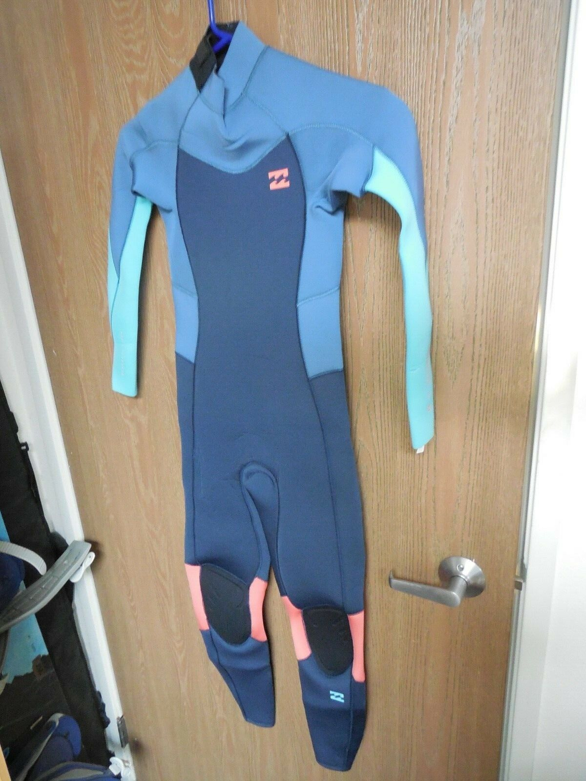 NEW With Tags BILLABONG Furnace Synergy 3 2 Wetsuit   Teens Sz-12    Girls