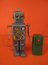 ALL ORIGINAL LINEMAR DOMED EASEL BACK ROBOT BATTERY OPERATED 1958