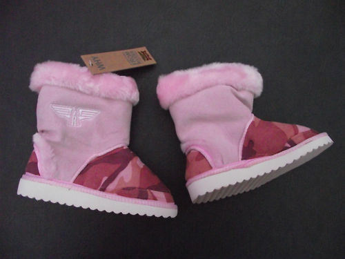 BNWT Little Girl Sz 10 Rivers Doghouse Brand Cute Pink Camo Slipper Boots