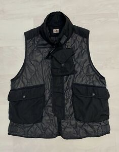 CP-COMPANY-430-Men-039-s-Quilted-Special-Dyed-Vest-Gilet-Col-Black-999
