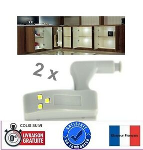 2x-LED-Eclairage-placards-cuisine-armoires-penderies-Adaptable-sur-charnieres