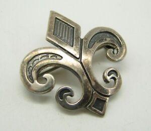 STERLING-SILVER-Vintage-FLEUR-DE-LIS-PIN-BROOCH-Oxidized-Trim-ETCHED-STAMPED